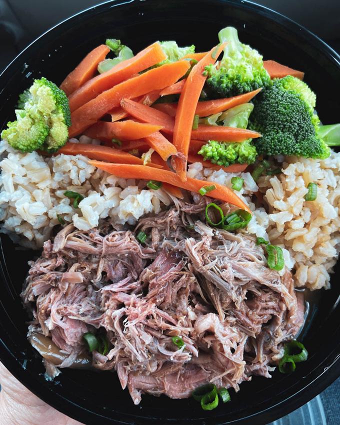 Must-Eat Restaurants in Utah: Mokis Hawaiian Grill